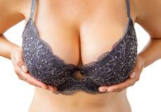piace il seno grande della donna