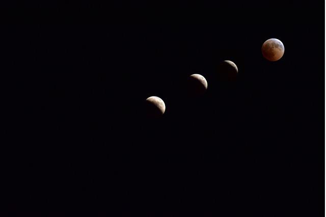 Calendario Lunare Di Bellezza.Calendario Lunare Capelli Quando Si Dovrebbero Tagliare E